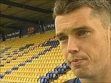 BBC Sport - Football - Grimsby Town sign Mansfield striker Rob Duffy