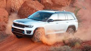 2022 Jeep Grand Cherokee: New Hybrid Packs the Most Power | The Drive
