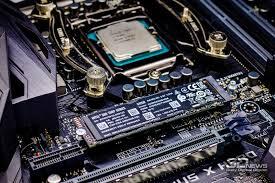 Обзор NVMe-<b>накопителя Intel SSD</b> 760p: вот давно бы так ...