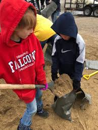 Webster Warriors Help Fill Sandbags | About the District