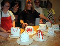 Cookie Decorating Classes Cake Fiction Cake Decorating Class Handbags