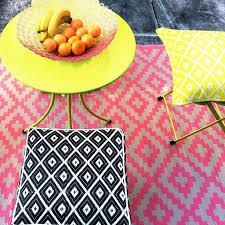 pixel outdoor rug in pink