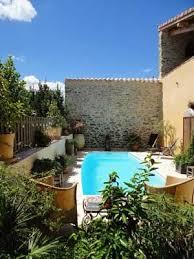 piscine des chambres d hôtes à vendre près de minerve dans l hérault