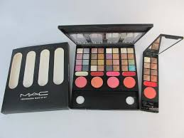 mac eyeshadow kit