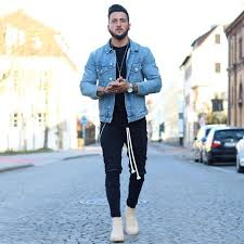 Leather chelsea boots are on the menswear, formal attire side of men's. 40 Casual Winter Work Outfit Ideas Featuring Men S Boots