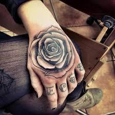 Dámské Tetování Na Ruce Malé Tetování Pro Sebe A Pouzdrem Měřítka