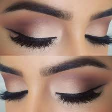 neutral eye makeup with eyeliner