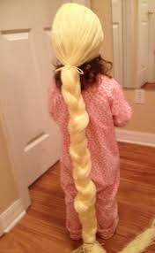 thanks to the tutorial at thismamamakesstuff yarn wigrapunzel