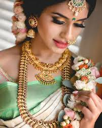if you are planning to wear a pastel coloured outfit for your big day then you should definitely show this bridal makeup picture to your mua for