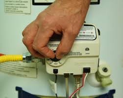 How To Install An Electric Hot Water Heater How To Drain A Water Heater How Tos Diy
