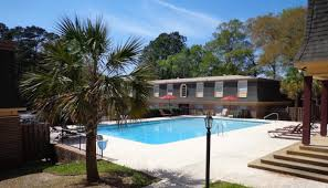 ... Apartment Swimming Pool ...