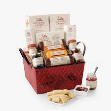hickory farms savory sweet holiday gift basket undefined