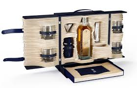Johnnie Walker® Blue Label™ And <b>Alfred Dunhill</b> Unveil Limited ...