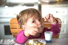 healthy snacking for children happy