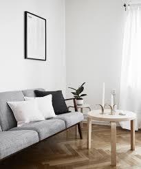 Minimalist Living Room Cozy Minimalist Living Room Carameloffers