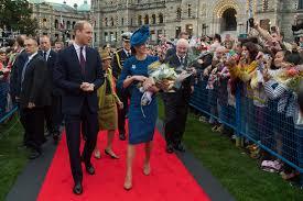 160925122744-03-royals-arrive-in-canada-0925.jpg