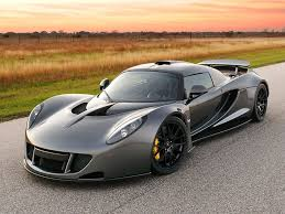 Hennessey Venom GT 270.49 mph (435.31 km/h) - 10 Fastest Car in ...