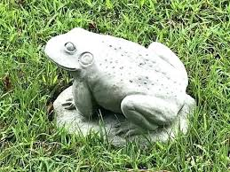 outdoor frog statues the bullfrog concrete statue garden cement frogs yard art animal figurines large metal