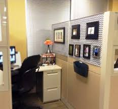 decorate your office at work. Exellent Decorate How To Decorate Your Cubicle Chic Spaces To Decorate Your Office At Work E