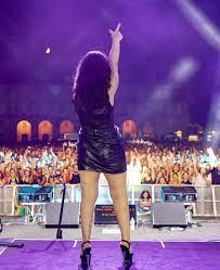 Giusy Ferreri regina della notte: in 10mila al concerto (FOTO)