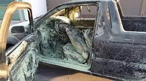 No es un mito: un coche arde en llamas porque el dueño repostó usando el  móvil