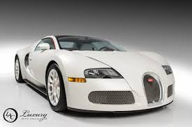 Sold his 2015 bugatti grand sport vitesse to the luxury auto collection in. Floyd Mayweather Is Selling His Bugatti Veyron Grand Sports