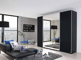 3 Trg Schwebetürenschrank In Schwarz Mit Spiegel Kaufen Bei