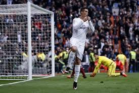Zinedine zidane handed james rodriguez. Watch La Liga Live Valencia Vs Real Madrid Live Streaming And Tv Information Ibtimes India