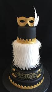 burlesque feather black and gold cake