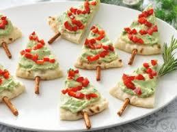 Christmas Tree Pita -Christmas Olive Wreath - 25 Amazing Christmas Party  Appetizer Recipes! Fun