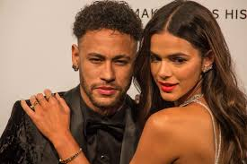 Neymar defends ex Bruna Marquezine after 'jealous' model is trolled over  PSG ace's kiss with pop star Anitta