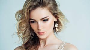Spring Hair Color Forecast How To Get A Trendy Dirty Blonde Hair