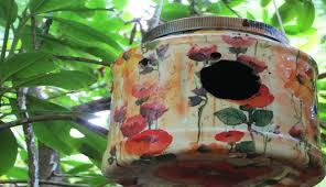 Diy Birdhouse Diy Decoupage Plastic Container To Birdhouse Youtube