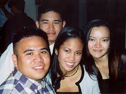 Myself, Walbee, Alona, and Pia take a break from the reunion festivities to ... - boston08