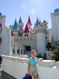 we went to see more places in las vegas we went to the excalibur hotel which was kind of like king arthur and the knights of the round table