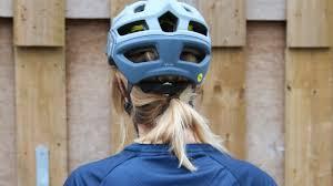 Troy Lee Designs A2 Helmet Reviewed Troy Lee Designs A2 Mtb Helmet Total Wom