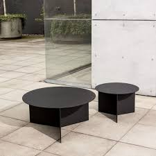 round outdoor coffee table. Christian-woo-outdoor-round-coffee-table-aluminum-gardenista Round Outdoor Coffee Table