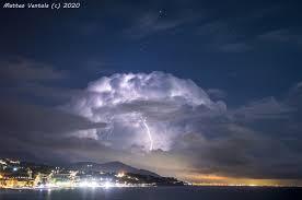 Meteostorm centro previsioni meteo a Genova | previsioni meteo Liguria |  stazione meteo Genova live Incredibile temporale su Genova 7/09/2020