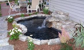 25 diy ponds to bring life to