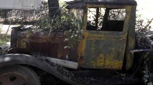 Uncovering the past 1931 - 1932 Chevy 1-1/2 ton trucks - YouTube