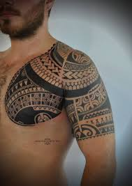 Polynesian Inspired Tattoo Simon Tattoo Working At Noble Blood