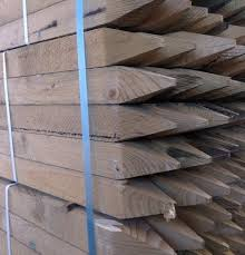 1 2m 4ft x 47mm square stakes pack