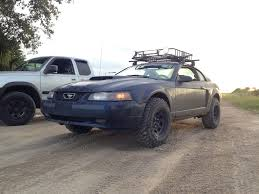 My 2003 offroad rally Mustang GT : Mustang