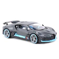 Looking sleek in a silver hue and neat exterior, bburago's bugatti atlantic with a sophisticated touch is synonymous to speed and excellent 1:24 scale model which came with good packing (undamaged box). Maisto 1 24 Bugatti Divo Sports Car Static Die Cast Vehicles Collectible Model Car Toys Diecasts Toy Vehicles Aliexpress