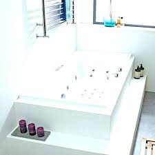 how to clean a jacuzzi bath tub cleaning whirlpool tub jets vinegar to clean whirlpool bathtub