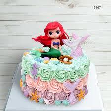Bánh sinh nhật nhiều màu sắc có hình nàng tiên cá xinh đẹp nhất!