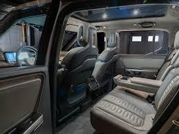 Rivian R1T Electric Truck First Look | Kelley Blue Book
