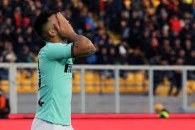 L'Inter frena a Lecce Mancosu risponde a Bastoni