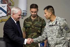 u s department of defense photo essay  defense secretary robert m gates meets u s army majors during an informal roundtable the officers at the command and general staff college at
