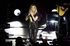 Avril Lavigne | Steckbrief, Bilder und News
